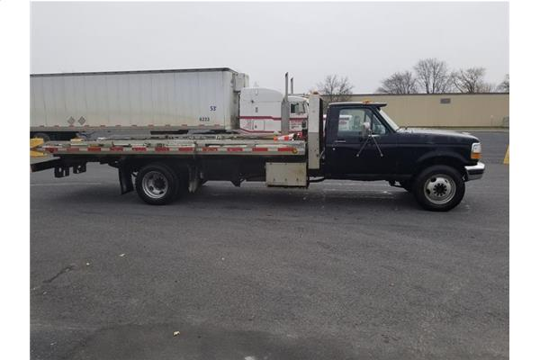 1993 Ford F-450 TOWING